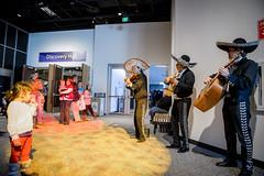 Amantes de la Ciencia! 2013 (Science Museum of Minnesota) Tags: music heritage minnesota museum culture science latino hispanic latina mn latinamerican sciencemuseumofminnesota amantesdelaciencia