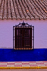 Ventana_HDR (raperol) Tags: ventana window azul blue calle street tejado hdr