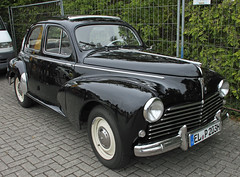 203 (The Rubberbandman) Tags: auto old black france classic car sedan vintage germany french outdoor lion german vehicle oldtimer saloon peugeot 203 fahrzeug wiesmoor