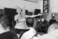 Every artist needs to go where people are / Todo artista tem de ir aonde o povo est (manoel.santosjr) Tags: singer sing music art artist school people listening sound woman blackwhite blackandwhite pb brazil southamerica saopaulo sp