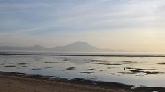 Gunung Agung - Bali 2016 (Valerie Hukalo) Tags: volcanoe rflection reflet sanur indonsie indonesia bali agung gunungagung volcan leverdesoleil sunrise asie asia hukalo safaribali valriehukalo