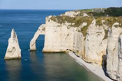 Etretat, France - Natural Arche (GlobeTrotter 2000) Tags: etretat france golf normandy sea arch arches bach cliff landscape natural tourism travel visit