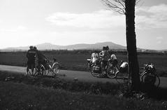 Entre St Front et les Estables (maxguitare1) Tags: ffct france minolta noiretblanc blackandwhite cyclotourisme cycling ciclismo velo bici bike bicicleta bicyclette randonneur mochilero backpacker auvergne