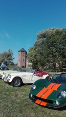 sounds like a married couple: Lola and Morgan... (Pim Stouten) Tags: arden british car auto wagen pkw vhicule macchina burgzelem lola t70 morgan