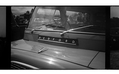 Bedford [Olympus Trip 35] (Mr B's Photography) Tags: crossprocessing blackandwhite bedford van vintage carnhellgreenvintagerally olympustrip35 film 35mm agfavista paranol