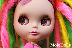 OOAK Blythe Custom N 42 by MoleDolls (MoleDolls) Tags: original cute eye dreadlocks toy doll arte ooak carving pop kawaii chip blythe boneca custom juguete puppe sbl mueca bambola personalizada customizada takaratomy primadolly neoblythe violetina moledolls