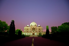 Humayun's Tomb (Abhimanyu.Ghosh) Tags: india building history monument architecture night ancient nikon king delhi tomb noflash mausoleum nightphoto newdelhi humayun mughal d90 nikond90 humanyuntomb