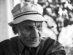 Jeddo (Ramy.) Tags: leica lebanon white mountain black macro grandfather panasonic libano dragan lebanese f28 45mm liban abuelo grandpre