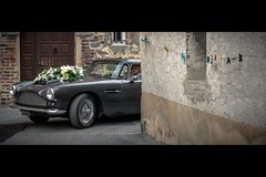 Blandine & Olivier Wedding - Aston Martin DB4 Superleggera (Fabrice Drevon) Tags: door wedding flower car wall james nikon photographer martin decay fabrice bond db4 mariage cinematic aston clothespin d800 superleggera 2470 drevon