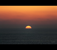Sunset on Crete (Photofreaks) Tags: sunset beach sonnenuntergang hellas kreta creta greece crete greekislands griechenland krti ellda   hells ells hellenicrepublic griechischeinseln   adengs wwwphotofreaksws shopphotofreaksws ellnikdmokrata hellenischerepublik
