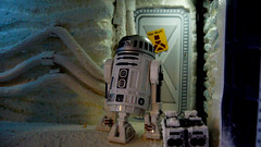 "Echo Base diorama - R2D2 outside room with warning sign on Echo Base • <a style=""font-size:0.8em;"" href=""http://www.flickr.com/photos/86825788@N06/8362426064/"" target=""_blank"">View on Flickr</a>"