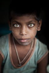 Street child, Kolkata - INDIA - (C.Stramba-Badiali) Tags: street portrait india face childhood vertical eyes child streetlife humanbeing visage inde regard colorphoto bengali northindia bengale lookingatcamera indedunord regardcamera calcuttastreetdailylifedocumentaryindia2012frommgroadtohowrah