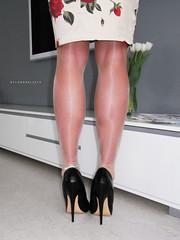 R0012479 (nylongrrl) Tags: 6 black stockings shiny highheels arch shine legs tights skirt glossy bracelet heels gloss heel satin stiletto cleancut ph ankle dupont pantyhose nylon anklet nylons collant 6inch platino dederon