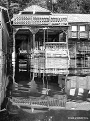 Boathouse (isrun.bohlinger) Tags: isrunbohlinger isrun sterreich austria wolfgangsee stwolfgang salzkammergut see spiegelung spiegelbild mirrorimage mirror blackwhite schwarzweiss seekajak seakayak paddeln paddling kajak kayaking