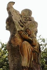 Wood Sculpture Pershore Abbey Grounds 1 (Andisee) Tags: sculpture wood carving chainsaw