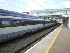 e320 set 4003/4003 at Ebbsfleet Intl Station. (DesiroDan) Tags: highspeed1 ebbsfleetinternationalstation eurostar eurostare320 eurostarclass374 class374velaro uktrains ukelectricunits highspeedtrainsintheuk britishrailclass374