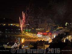 Starfire 6518 (stagedoor) Tags: fireworks scarborough southbay starfire yorkshire england olympus uk em1 copyright tourism tourist town foreshoreroad sand night