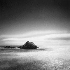 Two Rocks - Ocean Beach, California (Sebastian (sibbiblue)) Tags: sanfrancisco california blackandwhite usa film beach clouds analog spur rocks hasselblad oceanbeach layers sanfrancsico hybrid ilford panf 500cm bsquare 8planar zeiss2 hcdnew