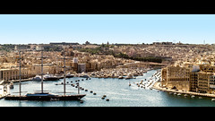 Maltese Falcon (MatthiasX1) Tags: ocean holiday color sailboat port europe sailing ships samsung malta hafen maltesefalcon schiffe aida cruises csc malte valletta lumen mittelmeer ozean meere barakagardens samsungnx1855mmois samsungnx200