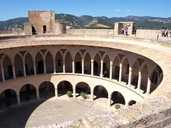 """Castell de Bellver - Palma - Einsichten • <a style=""""font-size:0.8em;"""" href=""""http://www.flickr.com/photos/87978117@N02/8128489050/"""" target=""""_blank"""">View on Flickr</a>"""
