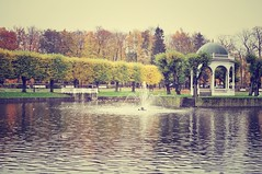 Autumn in Tallinn. Kadriorg Park (dobrych) Tags: park autumn trees red yellow pond tallinn leafs kadriorg