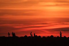 Mditation (cafard cosmique) Tags: africa sunset photography photo twilight zonsondergang tramonto foto sonnenuntergang image northafrica morocco maroc maghreb puestadesol dmmerung crpuscule marruecos  marokko contrejour coucherdesoleil rabat marrocos solnedgang afrique skumring crepsculo crepuscolo postadesol gnbatm    afriquedunord    skymmning