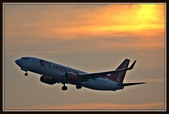 CND611 Corendon Dutch Airlines Boeing 737 (PH-CDE) departing at sunset to Hurghada (PictureJohn64) Tags: travel sunset sol dutch amsterdam del plane soleil flying airport nikon flickr do traffic aircraft aviation air transport flight coucher sigma du aeroplane il transportation boeing spl machines flughafen avio airlines puesta flugzeug schiphol avin aeropuerto  aereo airliner hurghada avion 737 departing aviones solnedgang aerodrome vliegtuig reizen solnedgng zachd soca  vliegveld eham pr planespotting aviacion d60 avies aeronautical spotter aerodynamics flyet corendon tramento compagniesariennes lineaarea flyselskab picturejohn64 phcde amantesdaaviao cnd611