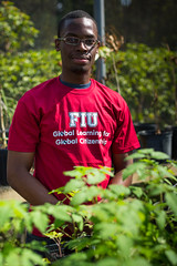T36A3600.jpg (fiu) Tags: plants garden student gardening learning panthers organic em fiu global