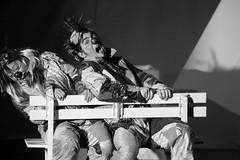clown sulla luna 2 (113b) (pacocult) Tags: show como teatro luna clowns colori