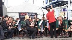 St Pauls College Band and Choir, Queen Street Mall Brisbane, (Photos by Lance) Tags: musicexpress citysounds brisbanecitybandsfestival stpaulssymphonyandstringsandchoir brisbanecbd brisbanecitymall queenstreet outdoor music performers schoolbands yamaha symphony