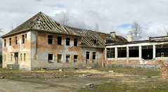 IMG_5858-g (jozwa.maryn) Tags: komino bornesulinowo opuszczone abandoned miasto town duch ghost westfalenhof blokowisko