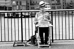 Need a Poet? (hdzimmermann) Tags: poet dichter street man mann london typewriter schreibmaschine