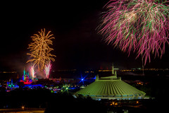 Wishes from Top of the World - November, 2015 (rowanb73) Tags: disney disneyworld baylaketower topoftheworldlounge fireworks fireworksfriday night magickingdom wishes spacemountain