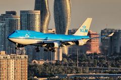 KLM Boeing 747-400 PH-BFK (atcogl - ATC @ YYZ) Tags: yyz cyyz toronto ontario canada pearson aircraft airliner airplane aeroplane plane jet aviation avion flugzeug heavy jumbo klm kl netherlands royaldutchairlines phbfk boeing 747 747400 b744 b74m combi 747400m sunset dusk city skyline mississaugua canon eos 7dmarkii 100400f4556lismarkii