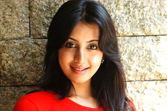 South Actress SANJJANAA Photos Set-4 (23)