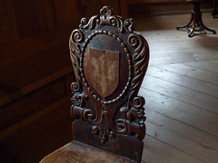 An old chair in Monguelfo castle (SoniaM (Italian teacher)) Tags: italia italy altoadige valledicasies valpusteria valle valli valley valleys monguelfo cultura culture arte art castello castle castelli castles edificio edifici building buildings sedia sedie chair chiars mobili furniture