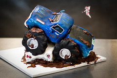 MonsterTruck_002 (DWRowan) Tags: ford monster cake misty truck demolition decorating falcon pastry bigfoot crush schmidts monstertruck cakedecorating