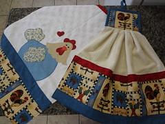 Bate mo e pano de prato (Paty Patch) Tags: patchwork galinhas panodeprato batemo patchaplique