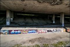 TA Sept 2012 Five Chris Dyer Quiz71 Scan Owk Razr DSP1325 (Photofil) Tags: urban streetart graffiti montréal five montreal scan urbanart razr ta chrisdyer owk barrywalsh photofil ta2012 quiz71 spoonybee