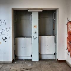 book trading company (milos.moeller) Tags: abandoned ruine lkg lostplace komissionsundgrosbuchhandel