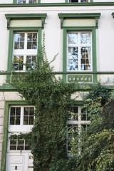 The green House (T.Flat ッ) Tags: city skyline skyscraper germany deutschland hessen frankfurt greenhouse stadt allemagne fra frankfurtammain francfort hochhaus hesse wolkenkratzer grosstadt grünehaus