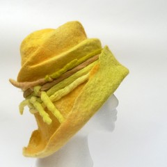 (LucAndLex) Tags: green wool hat yellow warm handmade unique felt merino wearableart organic fiberart ecofriendly