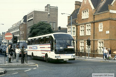 Southdown 420DCD (Cliff Essex) Tags: nationalexpress southdown londonvictoria duple425