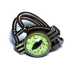 Steampunk Jewelry - RING - Alligator taxidermy glass eye (Catherinette Rings Steampunk) Tags: green eye art fashion alligator jewelry ring steampunk