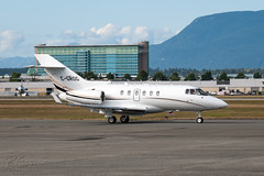 C-GROG - Aviation Starlink - Hawker 850XP (bcavpics) Tags: canada vancouver plane airplane britishcolumbia aircraft aviation yvr hawker bizjet starlink 850xp cgrog