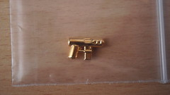 Gold!!! (Corporellicus) Tags: 3 mystery gold pack weapon vol briefcase volume brickarms td9