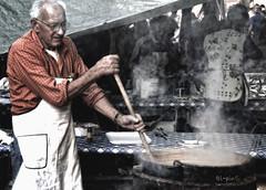 Trippa e fagioli (giuvine eroA) Tags: people man cn manipulated cuneo lupin scarpin calderone lpin pinocchi sagradellacastagna volpin nikond300 trippaefagioli lethlpinballplayer giuvineeroa puzzett