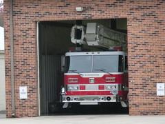 Manchester, TN Fire Dept (kollmannflorian) Tags: fire police dodge pierce firefighter ems department charger kme americanlafrance freightliner eone