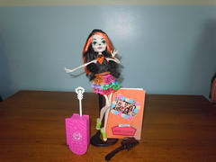 Let's Go to Scaris! (winxeric97) Tags: monster toy high doll mattel scaris skelita