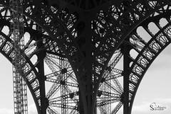 Labyrinth (alewomon) Tags: europa europe france francia paris eiffel tower arcdetriomphe sena minimalism conceptual blancoynegro monocromtico monochromatic blackandwhite bn bw